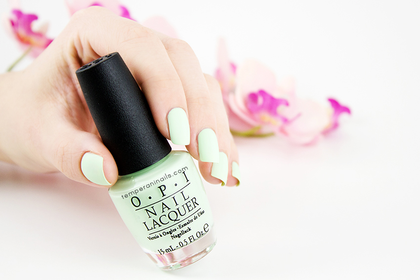OPI-Hawaii-–-That's-Hula-rious!