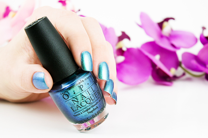 OPI-Hawaii-–-This-Color's-Making-Waves